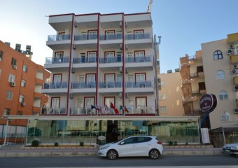 G�m�� Hotel