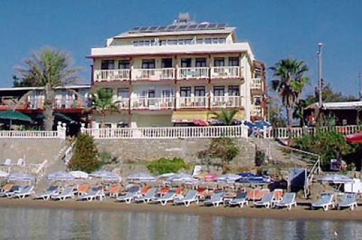 Beach House Hotel