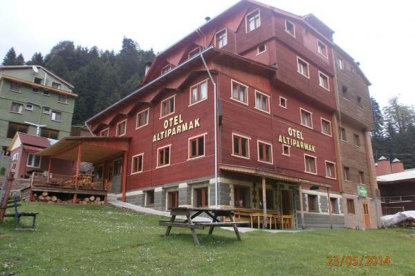 Alt�parmak Otel
