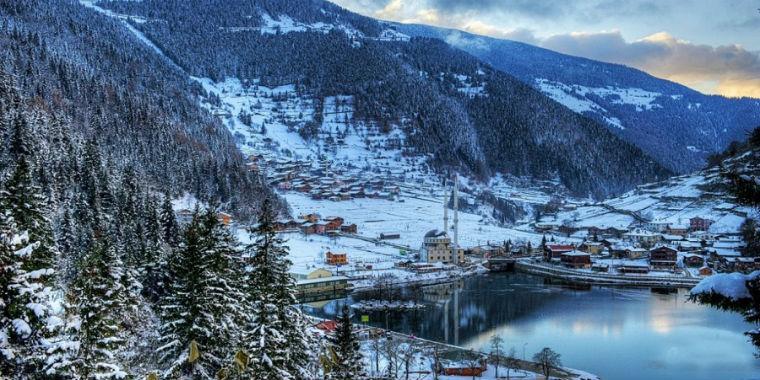 uzungöl kar manzarası