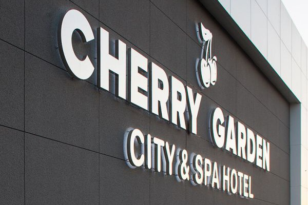 Cherry Garden City & Spa