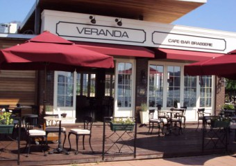 Veranda Cafe & Bar