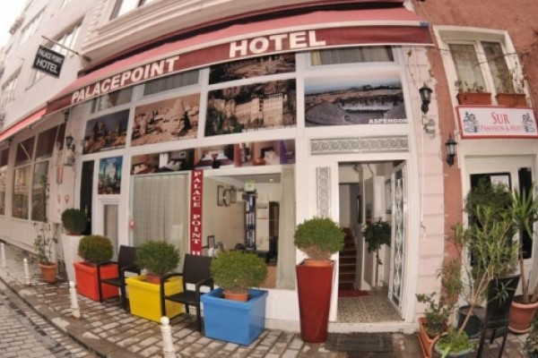 Palace Point Hotel