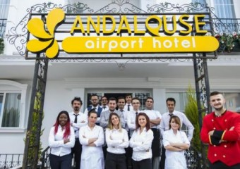 Andalouse Airport Suite