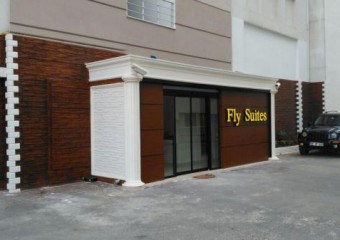 Fly Suites
